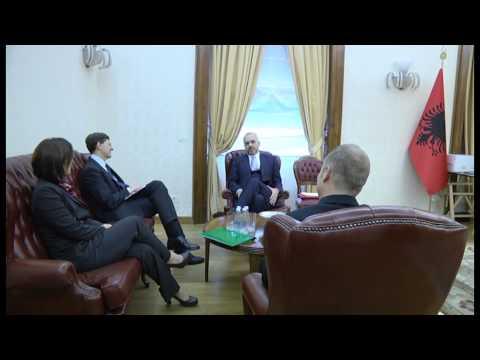 Kryeministri Edi Rama takon Drejtorin Ekzekutiv të Vodafone Group, Vittorio Colao