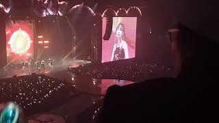 Gambar cover 여자친구 (GFRIEND)콘서트 해야 (sunrise) 직캠 영상 GoGoGo (밤하늘봉)