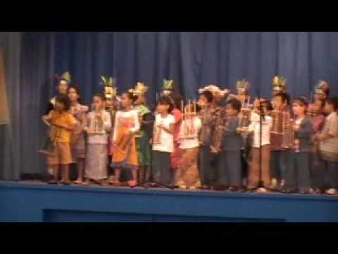 Angklung Performance by Indonesian Community in Brunei