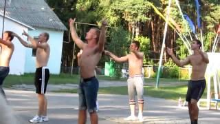 Вожатые в Орлёнке прикольно танцуют