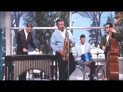ASTRUD GILBERTO & STAN GETZ - GIRL FROM IPANEMA (1964)
