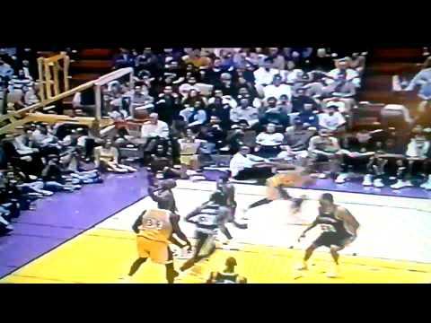 Kobe scores on lob pass from Eddie Jones