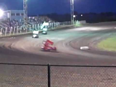SST Wheels America Sprint Car Heat Race Paris Speedway 2010