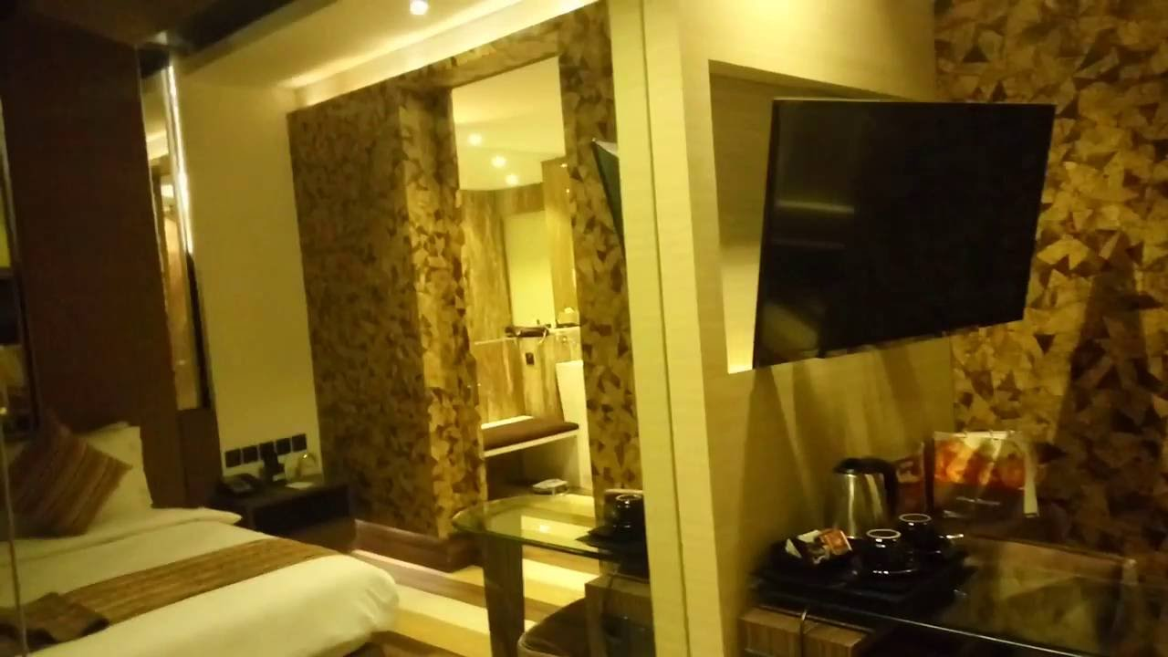 Mega boutique and spa hotel bali real room video
