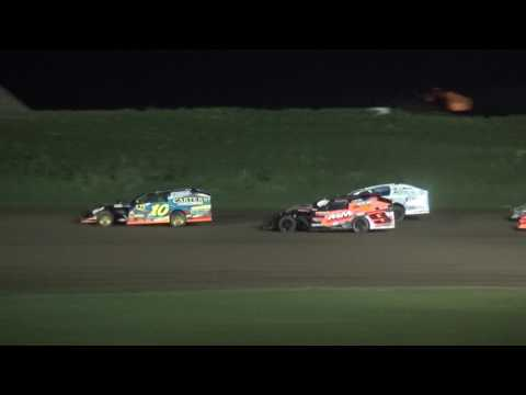IMCA Modified feature Marshalltown Speedway 5/26/17