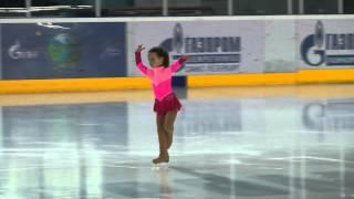 Фигурное катание. Яна Пузанкова, 5 лет(Соревнования по фигурному катанию
