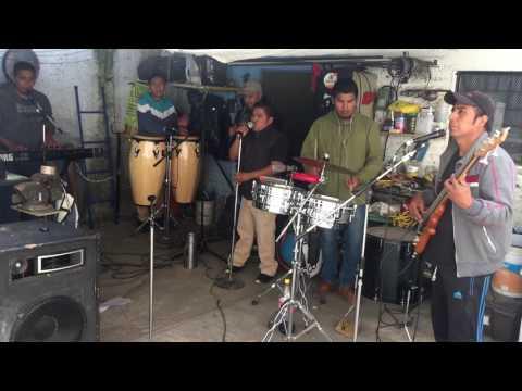 CUMBIA DE HOY - MUÑECA ESQUIVA - GRUPO TORMENTA MUSICAL ENSAYO 2017 EN VIVO CUMBIA XOCHIMILCO