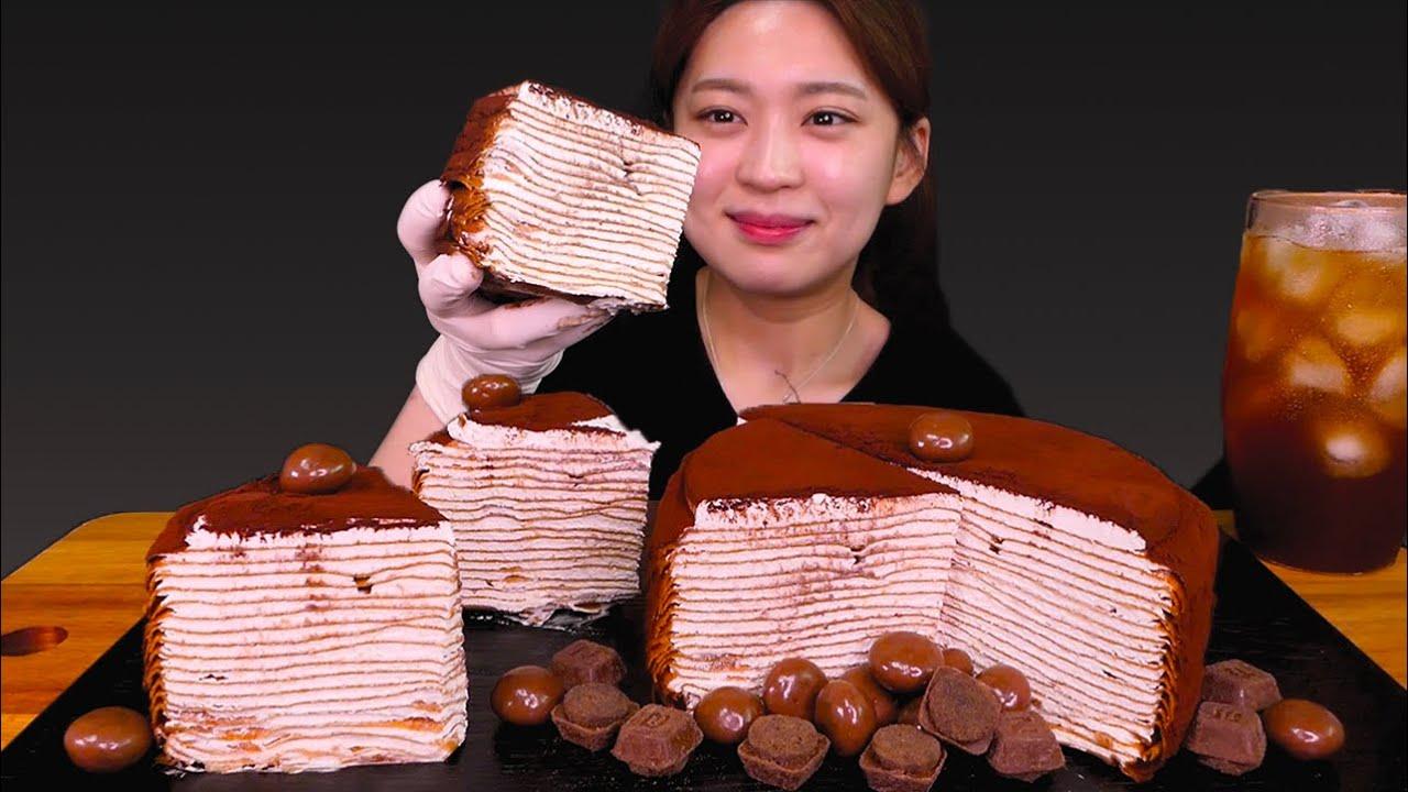🍫Tiramisu crepe😋초코덕후 환장하네!! 겹겹이 쌓여있는 티라미수 크레이프..💕 [Tiramisu crepe cake, Chocolate ball] Mukbang