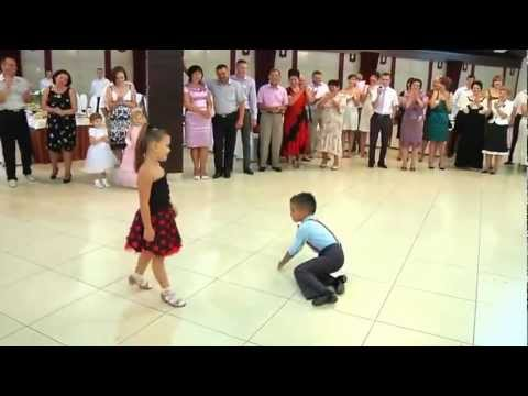 Samba Dance By Children - Ionela Tarus & Mihai Ungureanu