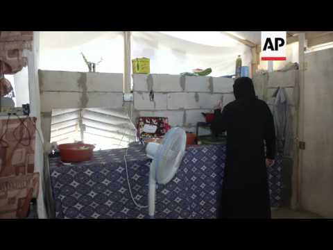 Syrian refugees in Lebanon fast for Ramadan