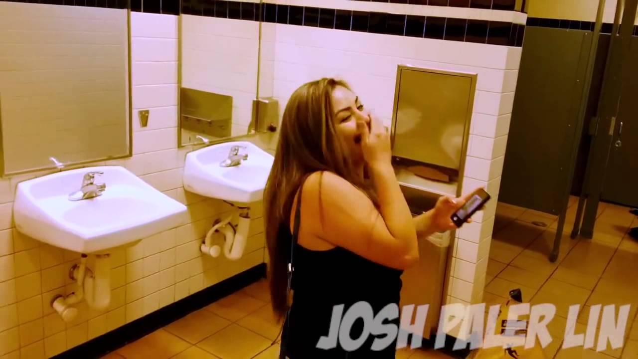 смотреть в туалете посадил чужую жену на горячий поршень увидите порно фото