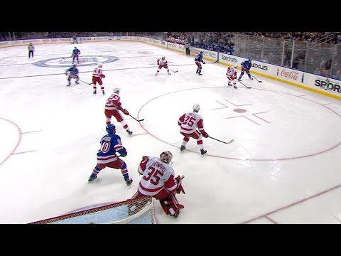11/24/17 Condensed Game: Red Wings @ Rangers