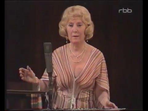 """Blandine Ebinger """"Die Kartenhexe"""""""