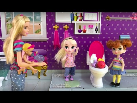 Baby! Elsa and Anna Toddlers go Barbie Babysitting Club! Bad Baby Messy Toilet! Potty Poop Disaster!