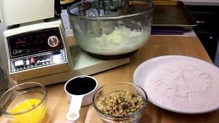 Molasses Raisin-nut Bars