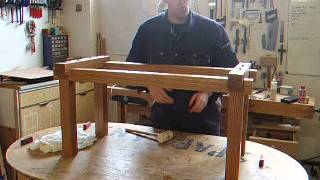 Furniture Making: Ingenius Flatpack Table