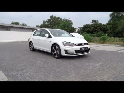 2013 Volkswagen Golf (MK7) GTI Start-Up and Full Vehicle Tour