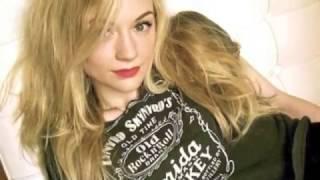 【天使】ウォーキング・デッド ベス役のエミリー・キニーEmily Kinneyの可愛さは異常 ロンモンロウ 検索動画 23