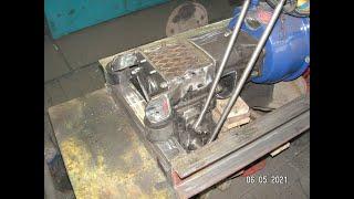 Самодельный реверс редуктор на минитрактор вилки включения и подушки крепления к раме