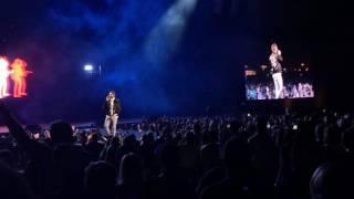 """Thomas Rhett Singing """"Crash and Burn"""" in Nashville 4/20/17"""