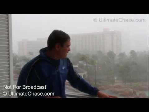 INSANE Hurricane Irene Wind Video - Nassau, Bahamas - HD Video