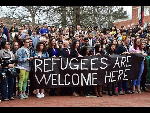 Davidson College Shows Support for Refugees, 'Stands with Muslims'