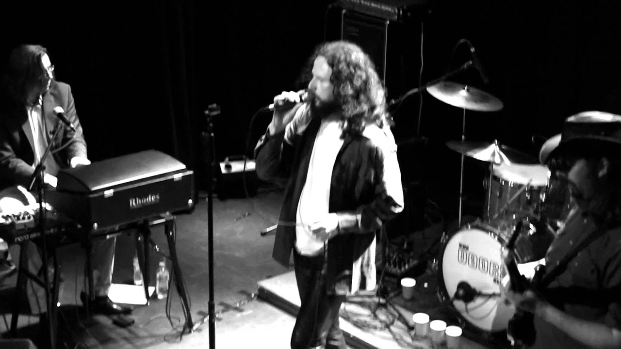 The Doors Alive with Willie Scott - People Are Strange (Live @ St Helens May 2014) & The Doors Alive with Willie Scott - People Are Strange (Live @ St ... Pezcame.Com