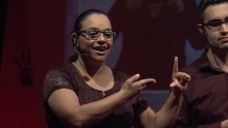 A inclusão na palma das mãos | Elaine Vilela & Marcos Assunção | TEDxDanteAlighieriSchool