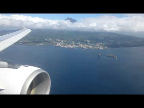 Amazing approach alongside Pico Island into Horta in an Azores Airlines A320