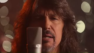 Watch Foreigner The Flame Still Burns video