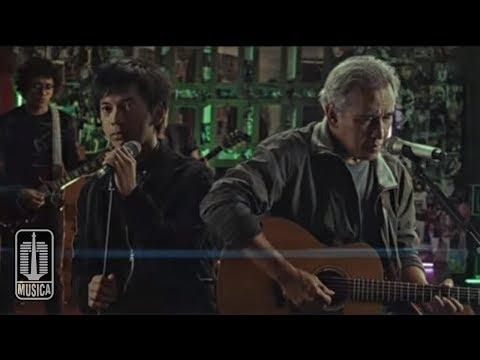 D'MASIV & Iwan Fals - Satu - Satunya (Official Music Video)
