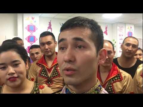 中共再邀外媒巡再教育营吾尔开希轰神州做秀