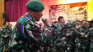 Video YEL-YEL LATIHAN BERSAMA YANG BIKIN MALAYSIA MELONGO download MP3, 3GP, MP4, WEBM, AVI, FLV April 2018