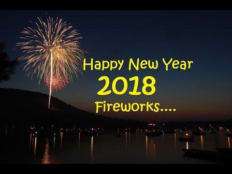 Happy New Year 2018 fireworks Australia / noosa marina