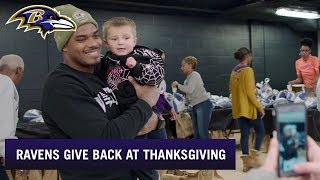 Ravens Hand Out 200 Turkeys to Baltimore Community | Baltimore Ravens