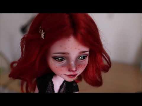 Nuevo vídeo en mi canal sobre customización y arte objetual con muñecas.