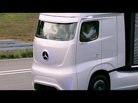 ► Mercedes Future Truck 2025 (Autonomous Driving Demo)