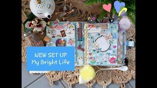 NEW SET UP & My Bright Life de JEN HADFIELD pour PEBBLES