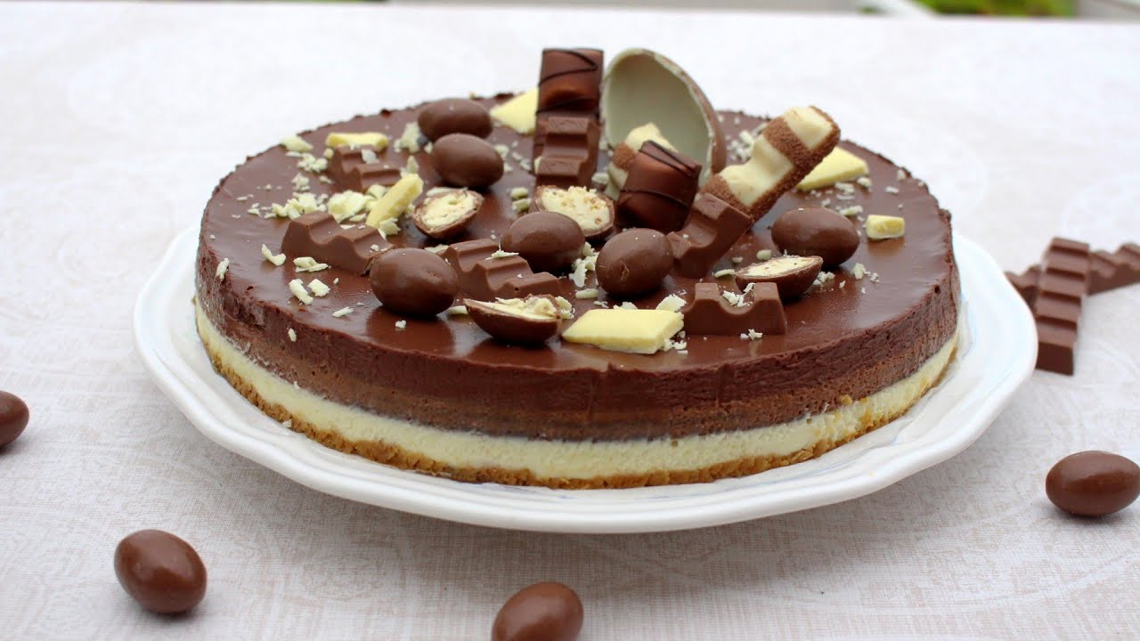 DELICIOSA TARTA MOUSSE DE  3 CHOCOLATES CON MAMBO | Postre en Mambo de Cecotec