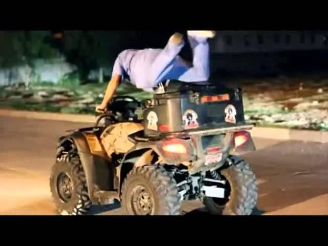 EL KOMANDER EL TAQUICARDIO(VIDEO OFICIAL) TMG JEFE DEL CORRIDO 2012 Travel Video