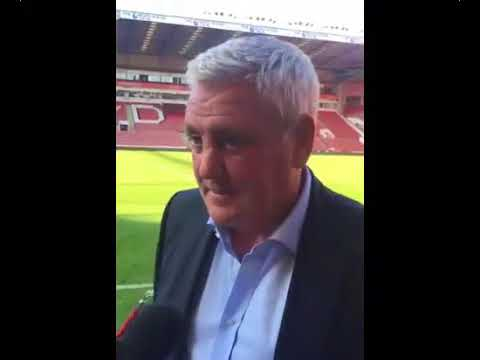 Steve Bruce reacts to our 4-1 defeat to Sheffield United