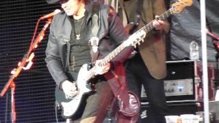 Bon Jovi - Bed Of Roses - live Manchester 24 june 2011 - HD
