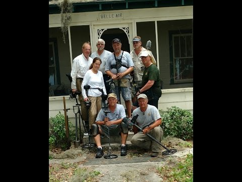 Metal Detecting the hideout of famous gangster Ma Barker. Historic Find