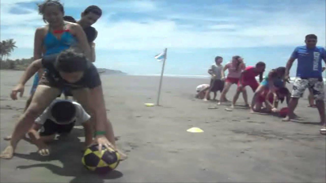Juegos Para Playa Pasando El Balon Youtube
