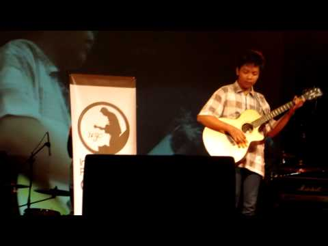 Indonesian Fingerstyle Guitar Community @ Libels Party 05.10.2013