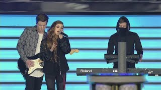 """[2017 Worlds] Closing Ceremony - """"Faded"""" by Alan Walker ft. Against The Current - League of Legends"""