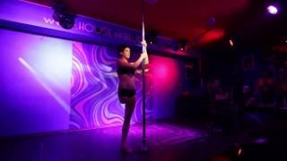 Amputee Woman RAK Dáda Pecinová in Pole Dance Show