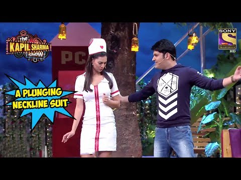 Demand For A Plunging Neckline Suit  - The Kapil Sharma Show