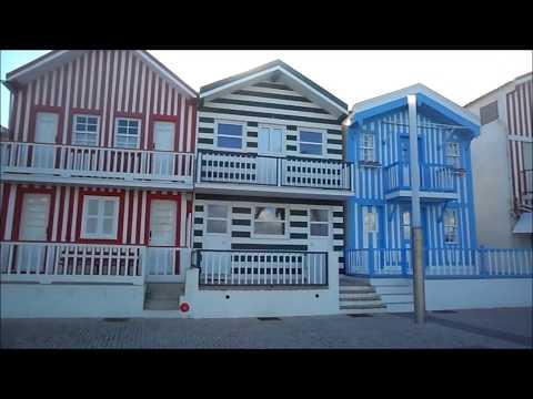 Costa Nova em Ílhavo (Aveiro) com os seus palheiros coloridos