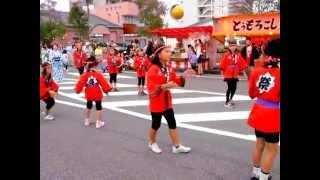 平成27年日向十五夜祭初日の上町舞踊隊の踊りはじめ.